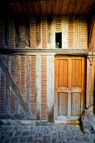 6_troyes-doorway-h550