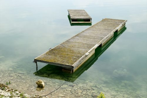 lacduder-cool-pontoon